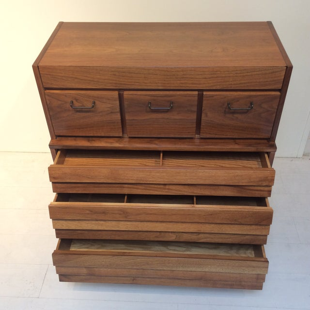 "Merton L. Gershun 1970s Mid-Century Modern Merton Gershun for American of Martinsville ""Dania"" Highboy Tall Chest For Sale - Image 4 of 13"
