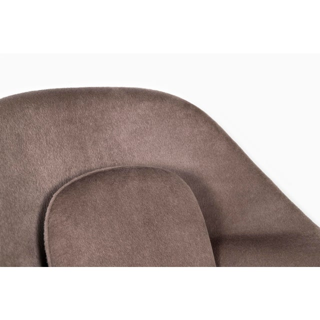 Knoll Womb Chair - Medium For Sale - Image 9 of 12