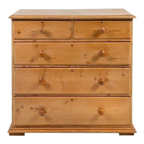 19th Century Traditional Pine Chest of Drawers For Sale