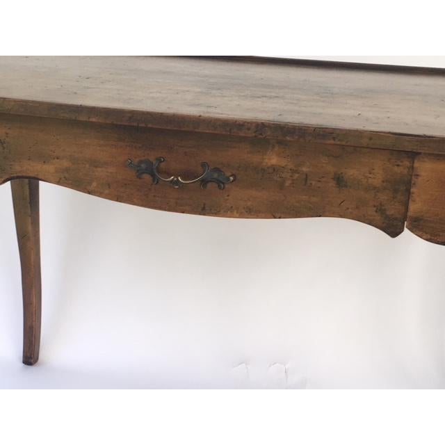 French Provincial Louis XV Provincial Style Stained Wood Single Drawer Bureau Plat For Sale - Image 3 of 6