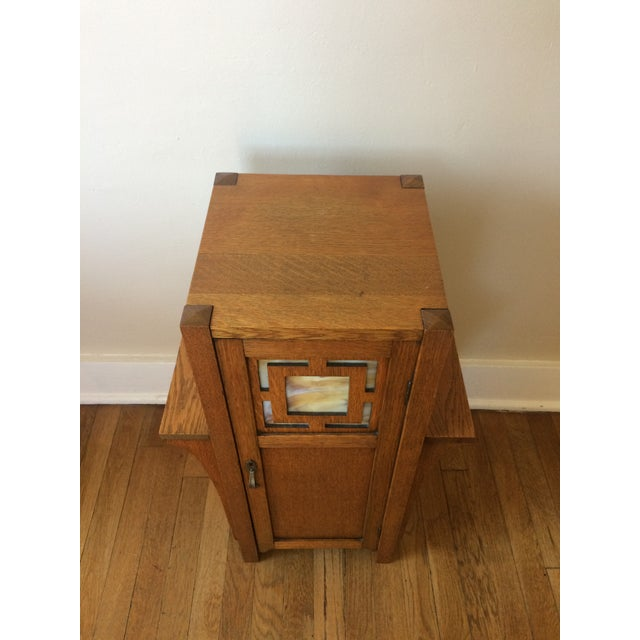 1930s Antique Mission Arts & Crafts Side Table Cabinet - Image 8 of 9