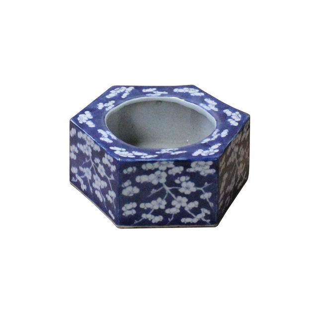 Chinese Blue & White Porcelain Blossom Graphic Hexagon Bowl Container For Sale - Image 4 of 7