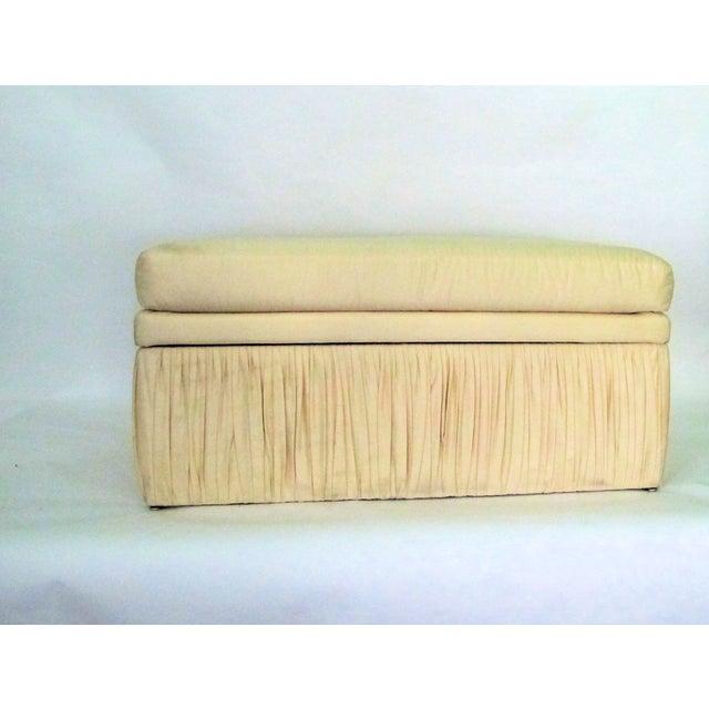 Hollywood Regency Off White Silk Storage Bench - Image 2 of 6