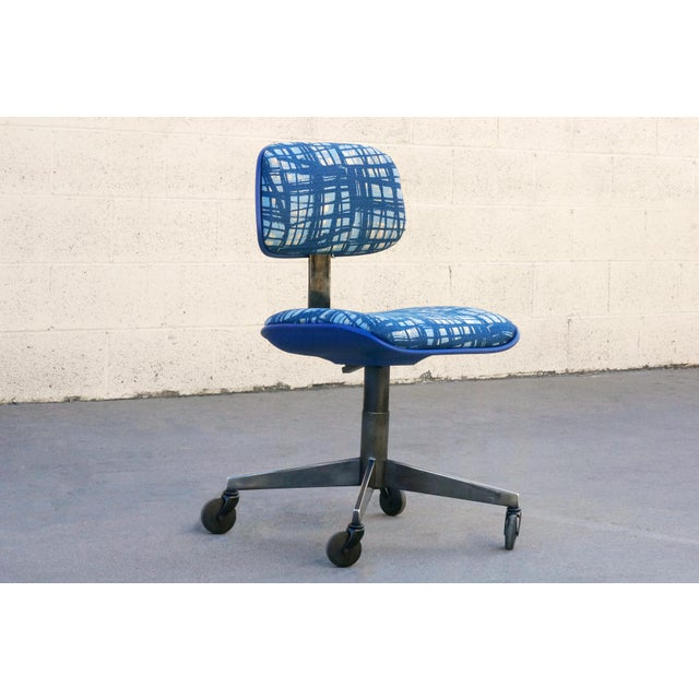 Metal Vintage 80s Chrome Steelcase Task Chair With Abstract Fabric For Sale - Image 7 of 7