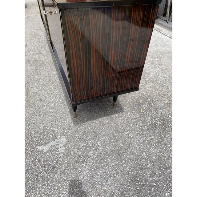 """1940s French Art Deco Exotic Macassar Ebony """"Zigzag"""" Buffet/Sideboard For Sale - Image 12 of 13"""