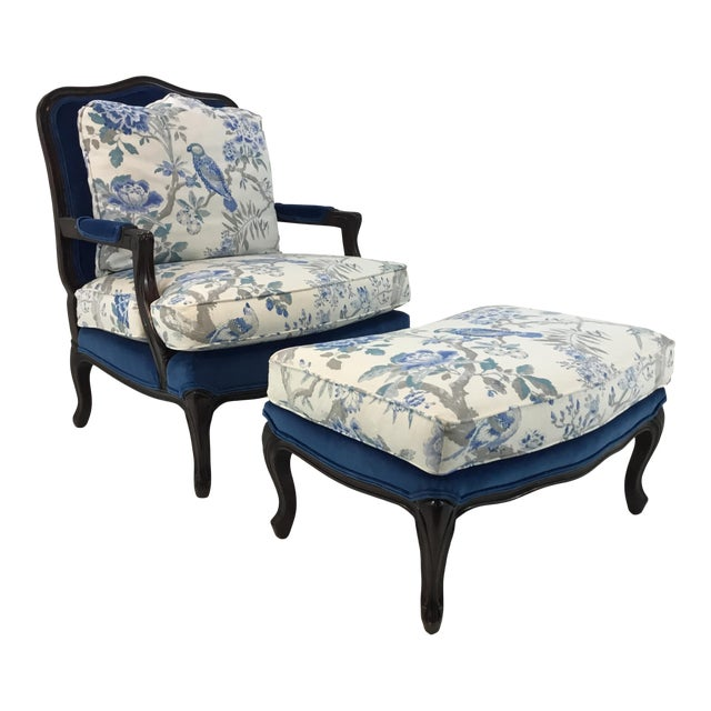 Traditional Pearson Co. 1416 Chair and Ottoman Set For Sale