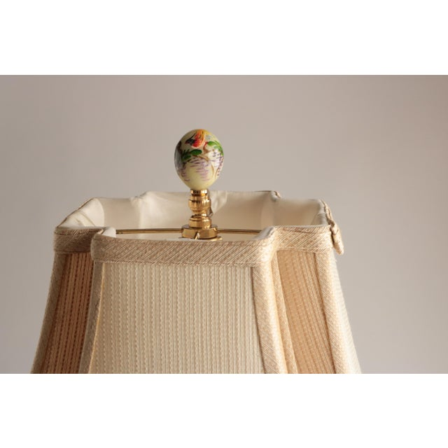 Late 20th Century Asian Chinoiserie Embossed Brass Lamp For Sale - Image 5 of 6