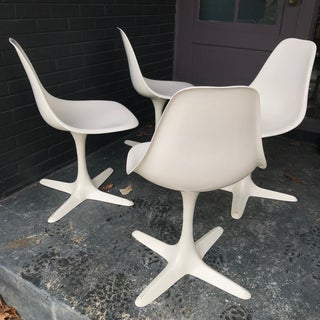 1960s Retro Burke White Tulip Fiberglass Chairs Preview
