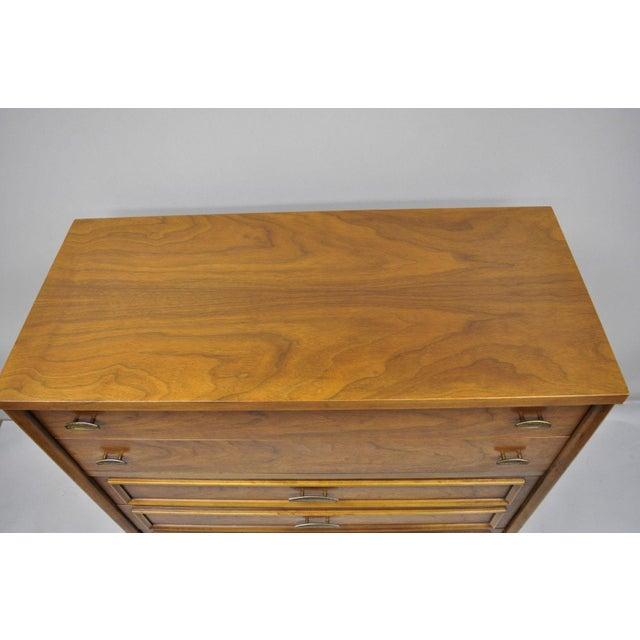 Wood Vintage Mid-Century Modern Walnut 5 Drawer Tall Dresser Highboy For Sale - Image 7 of 11
