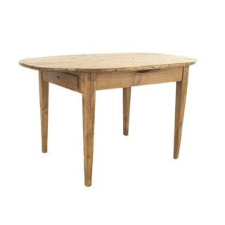 French Provincial, 19th Century Cherrywood Oval Dining Table For Sale