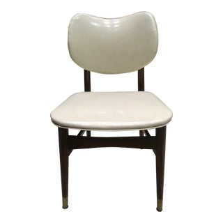 Mid-Century Modern Bentwood Thonet Style Walnut and Vinyl Dining Chair by Shelby Williams For Sale