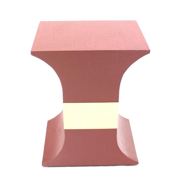 Red Mid-Century Modern Grasscloth Wrapped Pink Lacquer Brass Trim Pedestals- Set of 3 For Sale - Image 8 of 9