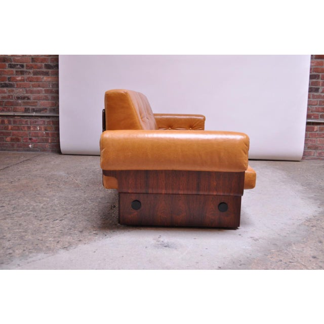 Jorge Zalszupin Brazilian Modern Rosewood and Leather Modular Sofa or Settees - 4 Pc. Set For Sale - Image 4 of 13