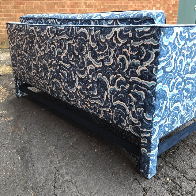 1950s Retro Modern Loveseat Covered in Kendall Wilkinson Fabric For Sale - Image 4 of 9