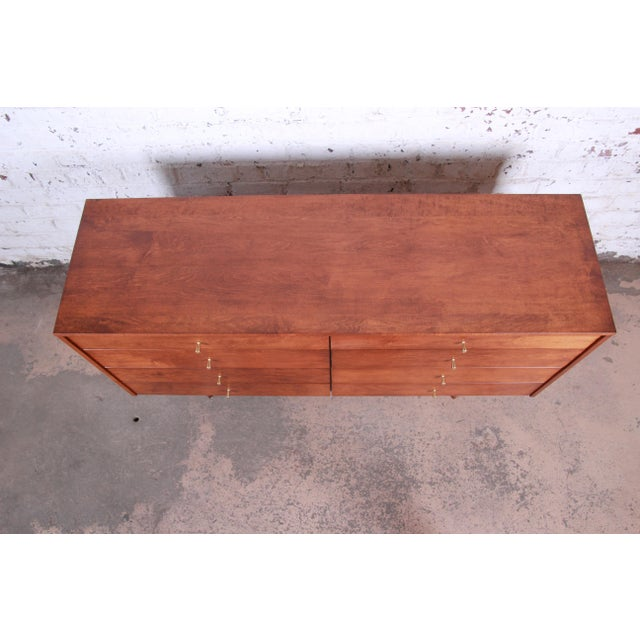 Gold Paul McCobb Planner Group Mid-Century Modern Long Dresser or Credenza, Newly Restored For Sale - Image 8 of 13