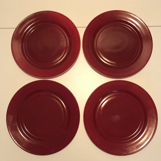 1930s Milk Glass Maroon Red Dinner Plates - Set of 4 For Sale In New York - Image 6 of 8