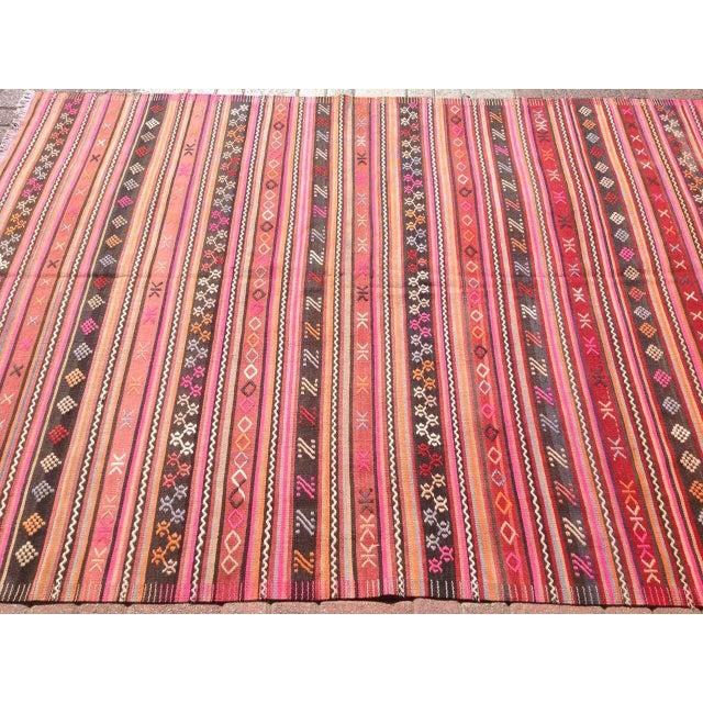 Vintage Turkish Kilim Rug - 5′12″ × 8′3″ - Image 4 of 7
