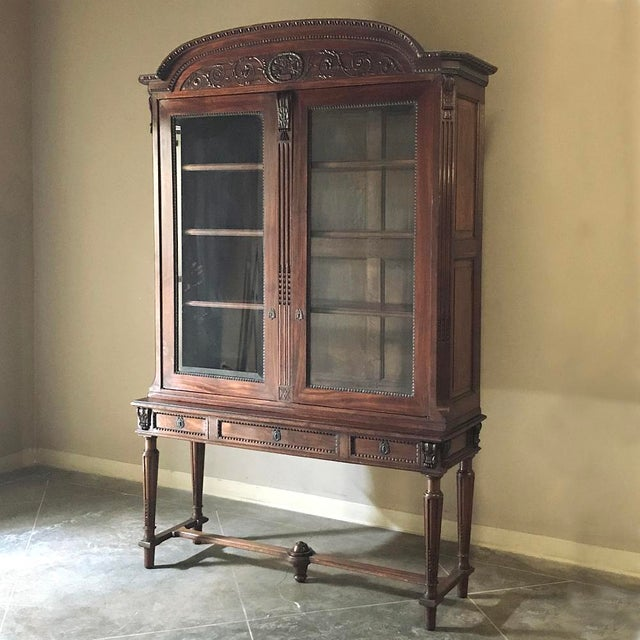 19th Century French Louis XVI Mahogany Bookcase ~ Vitrine For Sale - Image 12 of 12