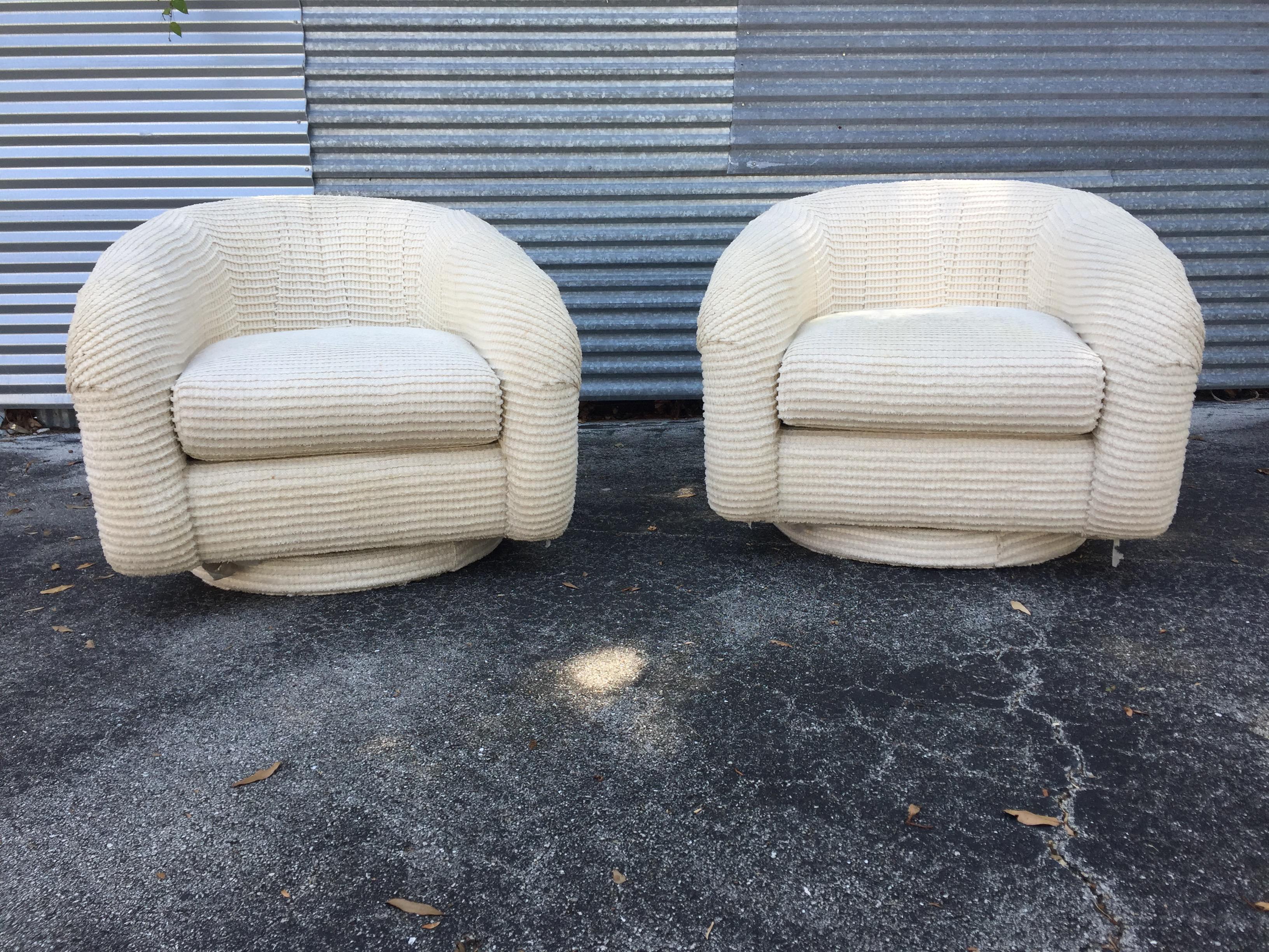 Mid Century Modern Milo Baughman Style White Swivel Chairs   A Pair   Image  2