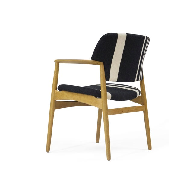 1960s Pair of Aksel Bender Madsen for Fritz Hansen Oak Armchairs For Sale - Image 5 of 11