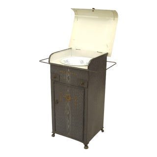French Provincial Grey Faux Wood Painted Tole Washstand For Sale