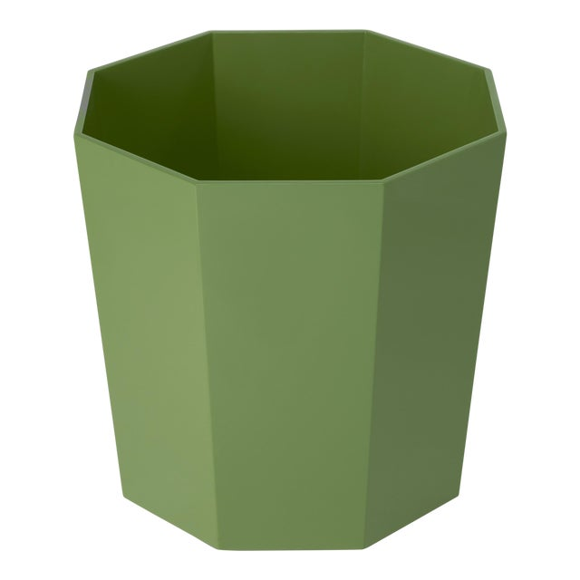 Octagonal Waste Basket in Lettuce Green - Miles Redd for The Lacquer Company For Sale