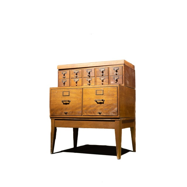 Brown 1950s Mid Century Standing Card Catalogue and File Cabinet For Sale - Image 8 of 8