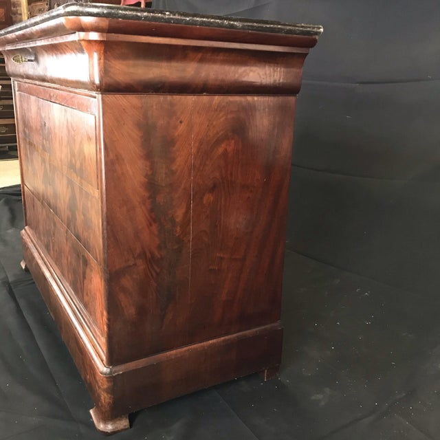 Traditional French Empire Marble-Top Burled Walnut Chest of Drawers For Sale - Image 3 of 11