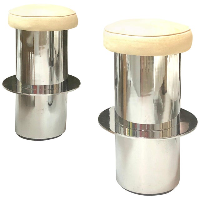 Metal Pair of Chrome Minimalist Bar Stools For Sale - Image 7 of 7