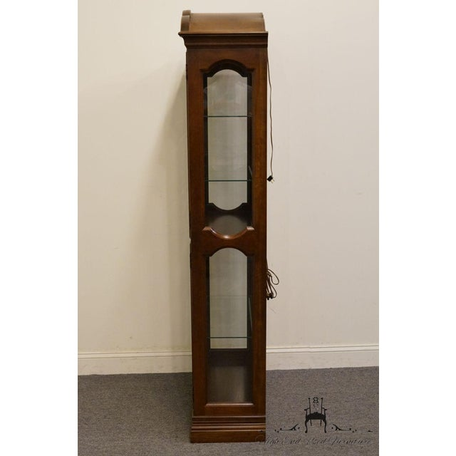 """Jasper Cabinet St. Albans Collection 28"""" Display Curio Cabinet 338-1 For Sale In Kansas City - Image 6 of 12"""