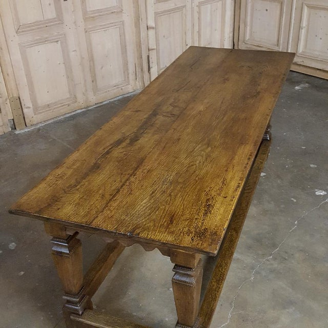 19th Century Hand-Crafted Oak Drapery Table With Scalloped Apron, Circa 1850s For Sale - Image 9 of 10