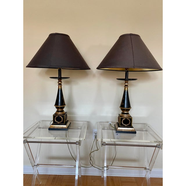 Exceptional rare Baker Knapp, & Tubbs Italian neoclassical style stunning hand painted lamps. The lamps displays...