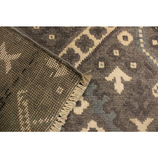 Silk Ezyln Modern Marcelle Gray/Ivory Wool & Viscouse Rug - 4'1 X 6'2 For Sale - Image 7 of 8