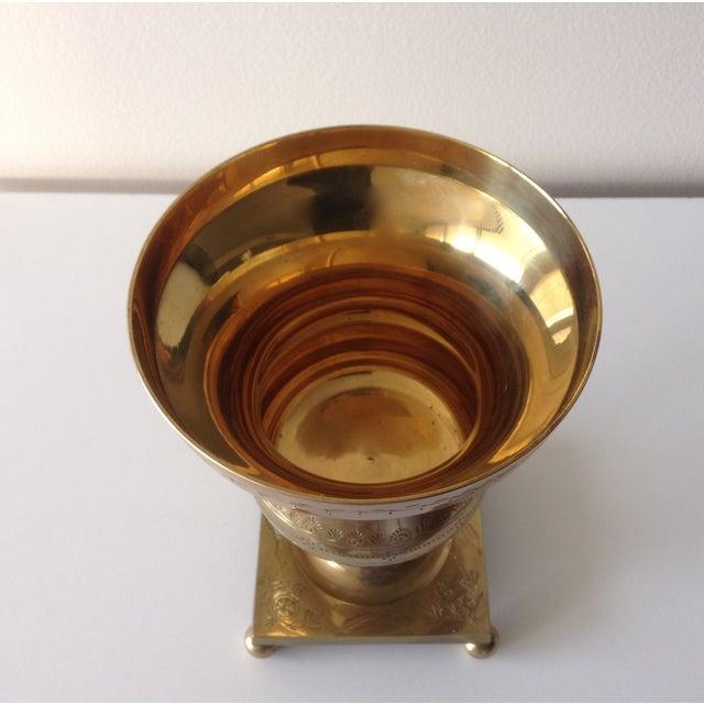1960s Vintage Large Etched Brass Lidded Urn For Sale - Image 5 of 5
