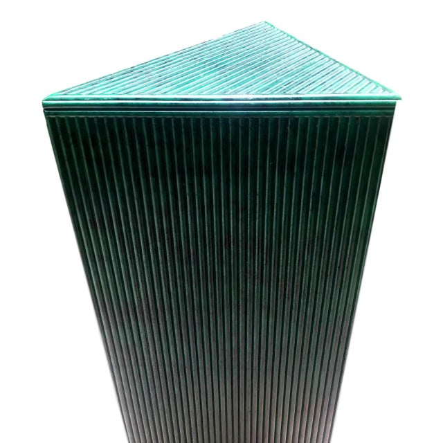 Hand Painted Malachite Split Reed Geometric Pedestal Table For Sale In Miami - Image 6 of 7