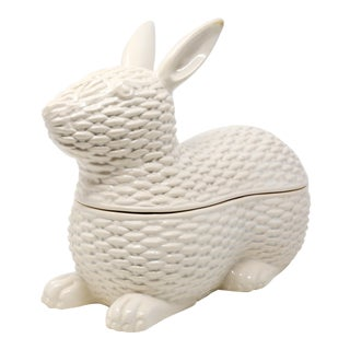 Vintage Easter Basket Weave Rabbit Tureen Lidded Bowl For Sale