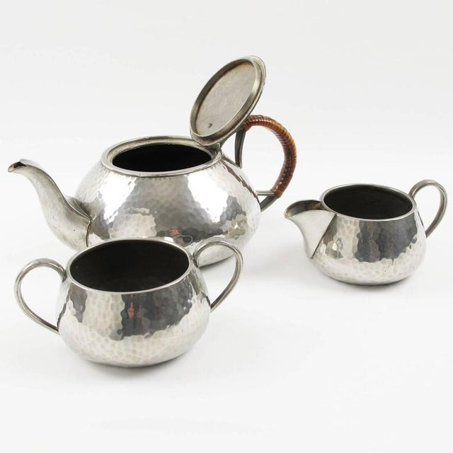 1910s Fenton Bros Ltd Sheffield England Art Nouveau Pewter Tea Coffee Serving Set For Sale - Image 5 of 11