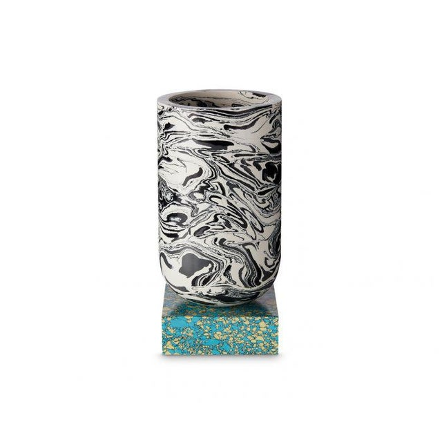 Resin Tom Dixon Swirl Vase on a Blue Base For Sale - Image 7 of 7