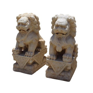 Chinese Distressed Marble Stone Fengshui Foo Dogs Statues - A Pair Preview