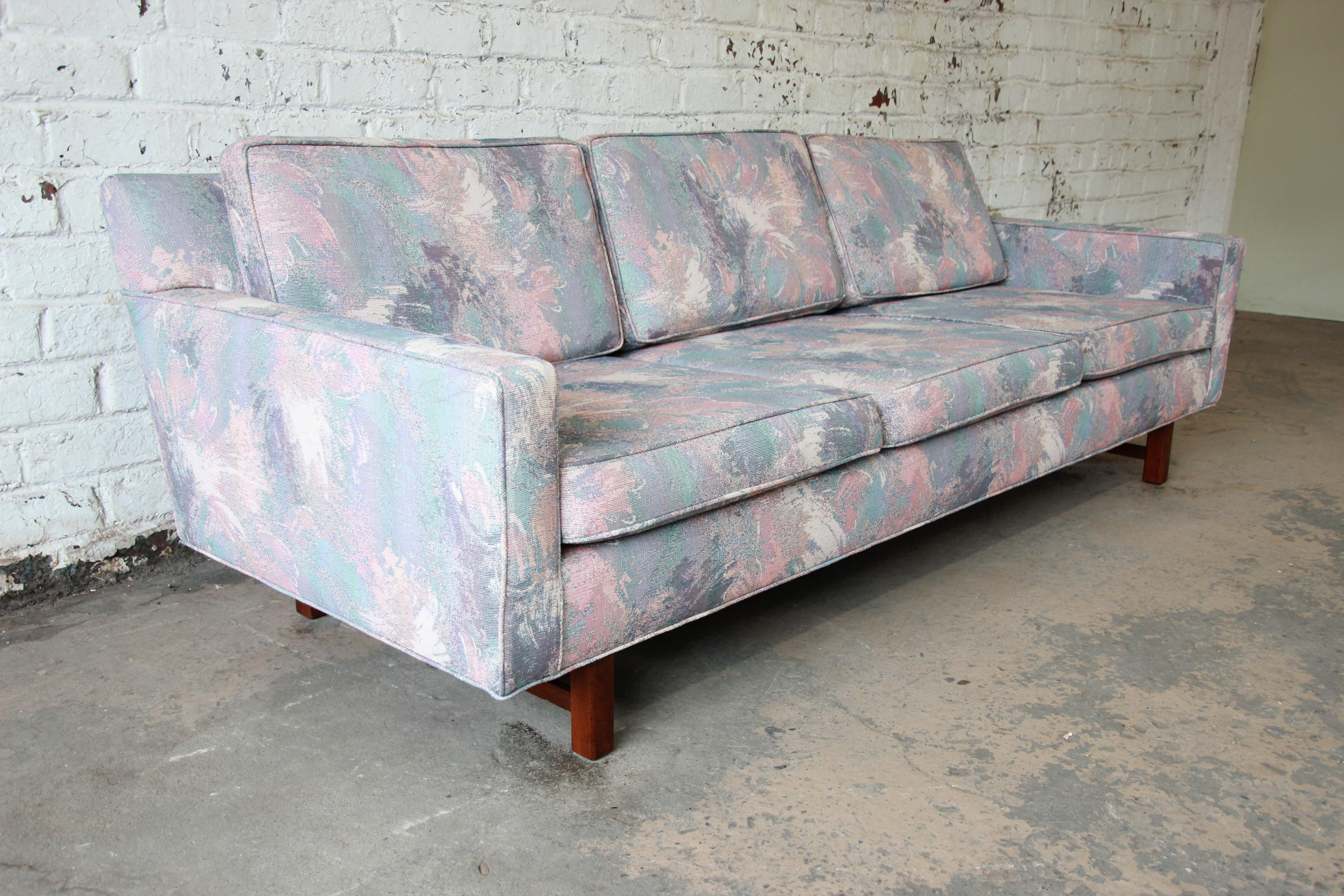 Mid Century Modern Low Profile Sofa Attributed To Edward Wormley For Dunbar    Image 4