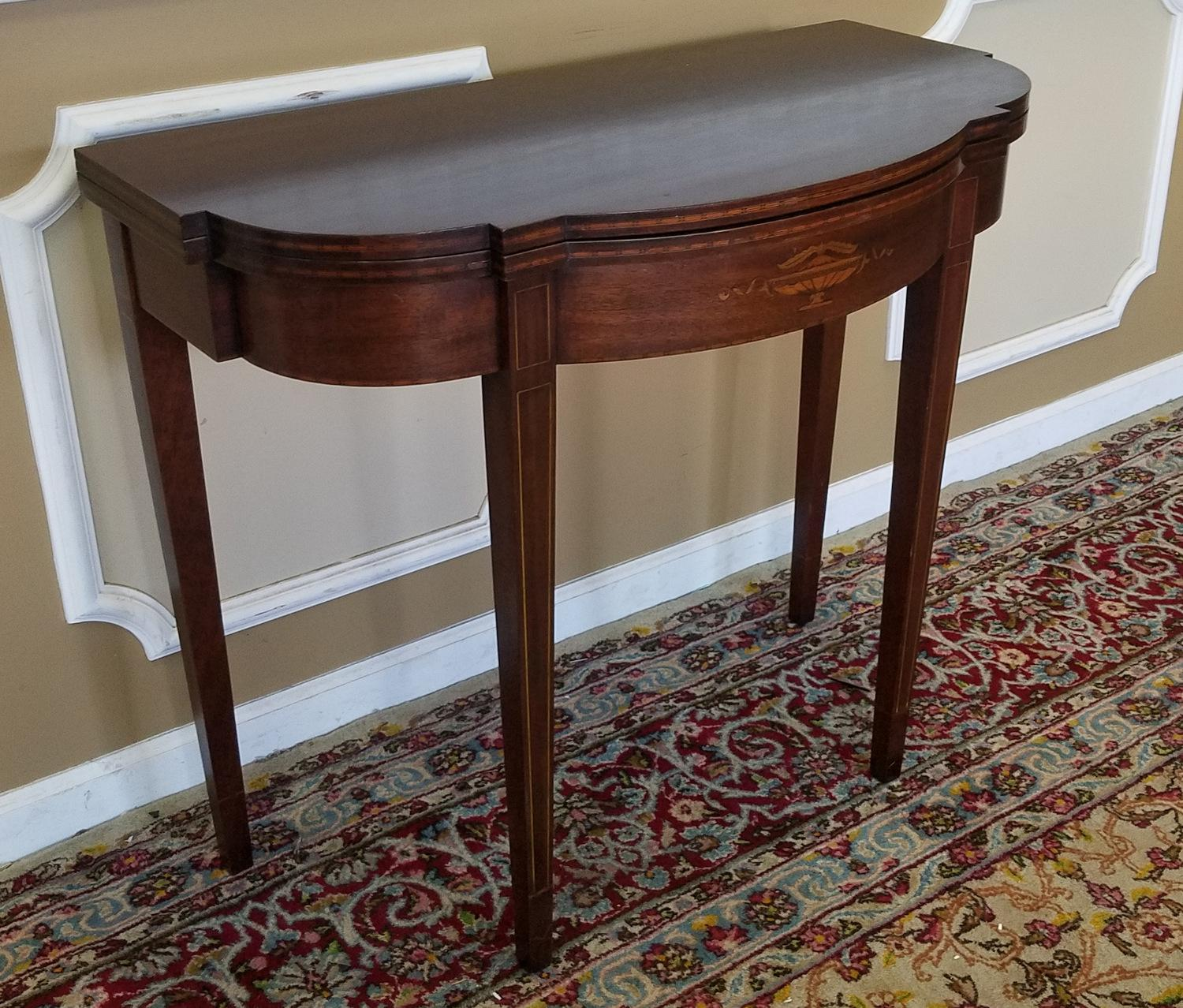 Paine Furniture Mahogany Sheraton Style Paine Furniture Flip Top Console  Hallway Table C1940s For Sale
