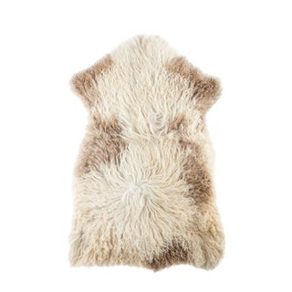 "Contemporary Natural Sheepskin Pelt - 2'4""x3'5"""