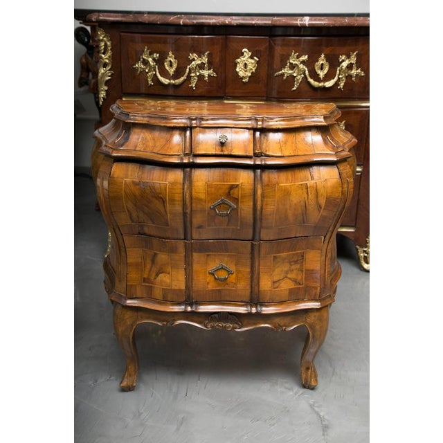 Rococo 19th Century Pair of Italian Rococo Style Walnut Commodes For Sale - Image 3 of 10