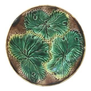 1890 English Majolica Leaves Plate For Sale