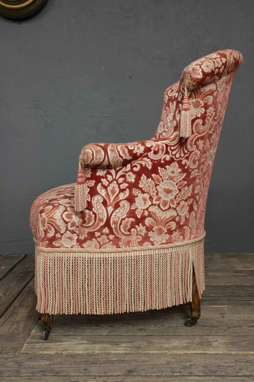 Genial 19th Century French Pair Of Napoleon III Armchairs With Fringe And Tassels  For Sale   Image