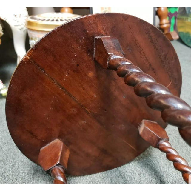 1880 English Victorian Queen Anne Style Mahogany Wash Stand For Sale In New Orleans - Image 6 of 9