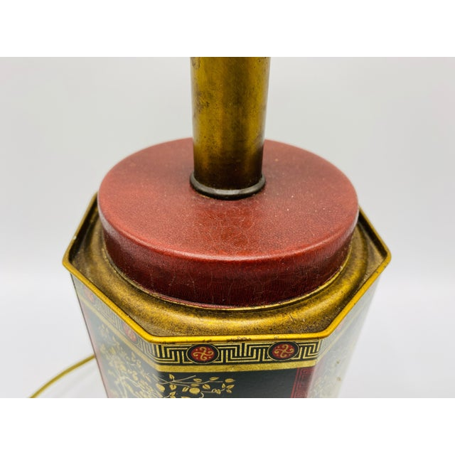 Chinoiserie 1950s Chinoiserie Red and Black Tole Tea Canister Lamp With Leather Details For Sale - Image 3 of 13