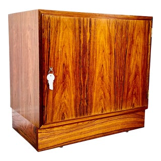 1960s Scandinavian Poul Hundevad Rosewood Cabinet For Sale