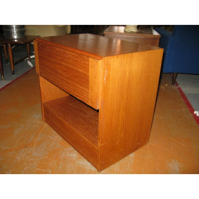 Brown Mid-Century Danish Modern Teak Vinde Mobelfabrik 1-Drawer Nightstand For Sale - Image 8 of 10