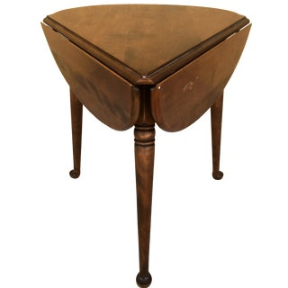 Mid 20th Century Ethan Allen Clover Drop Leaf Side Table For Sale
